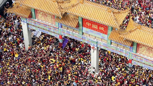 Chợ phong thủy giữa phố người Hoa lâu đời nhất thế giới