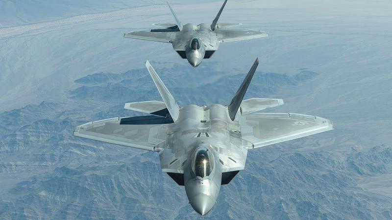 Cải biên hệ thống liên lạc, ''chim ăn thịt'' F-22 sẽ...