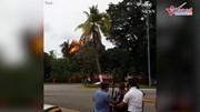 Khoảnh khắc máy bay Cuba lao xuống đất nổ tung