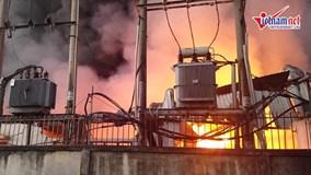 2 công ty bốc cháy dữ dội lúc rạng sáng ở Sài Gòn