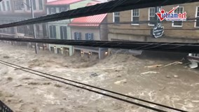Lũ bùn càn quét nhấn chìm thành phố Mỹ