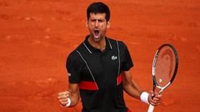 Djokovic nghẹt thở giành vòng 4 Roland Garros