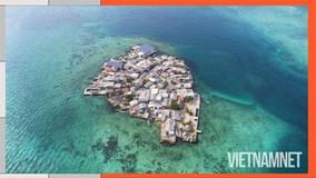 Khám phá cuộc sống trên hòn đảo đông đúc bậc nhất thế giới