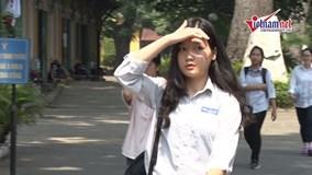Thi vào lớp 10 ở Hà Nội: Thầy giáo coi thi làm lộ cả đề Văn, Toán