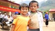 Chuyến xe 'vận chuyển yêu thương' về xã nghèo Điện Biên