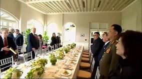 Bữa trưa đầu tiên cùng nhau của TT Trump và LĐ Kim có gì?