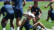 """Neymar """"chơi khăm"""" Coutinho trong ngày sinh nhật nhớ đời"""