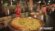 'Đột nhập' nhà ăn phục vụ miễn phí cho 40.000 thực khách mỗi ngày ở Ấn Độ