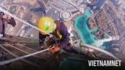 Trải nghiệm lau kính 'kinh hoàng' trên tòa nhà cao nhất thế giới ở Dubai