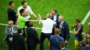 Ban huấn luyện đội tuyển Đức và Thụy Điển 'choảng' nhau sau trận đấu