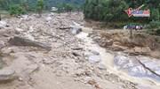 Nghìn khối đá lao dốc trải thành suối rộng hàng chục mét ở Hà Giang