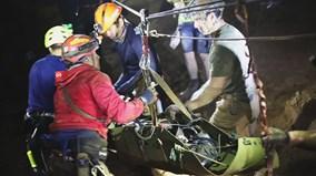 Thái Lan tung video giải cứu đội bóng nhí, gây tranh cãi về công tác cứu hộ