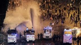 Đại tiệc mừng tuyển Pháp biến thành bạo loạn, hơn 500 người bị bắt