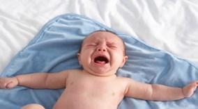 Những điều cấm kỵ cha mẹ tuyệt đối không được làm với trẻ sơ sinh