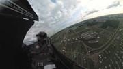 Cảnh tượng ngoạn mục nhìn từ khoang lái chiến cơ F-16