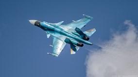 Xem 'xe tăng bay' Su-34 của Nga phóng tên lửa siêu thanh Kh-31