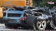 Xem hàng chục siêu xe bị nghiền nát bét