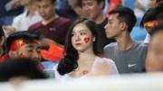 Muôn vàn sắc thái của các hotgirl 'tiếp sức' U23 Việt Nam