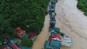 Nước lũ cuồn cuộn từ góc nhìn trên cao đổ về Kỳ Sơn, Tương Dương, Con Cuông
