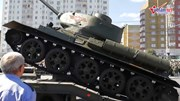 Xe tăng Nga lật nhào trong lễ duyệt binh có ông Putin tham dự