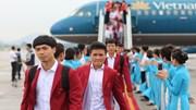 Dàn 'soái ca' Olympic Việt Nam rạng ngời bước xuống thảm đỏ