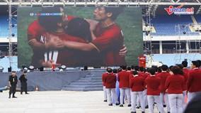 U23 Việt Nam và đoàn TTVN ASIAD 2018 hát Quốc ca tại Lễ vinh danh
