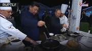 Ai là người thắng cuộc khi TT Putin và ông Tập Cận Bình đọ tài làm bánh?