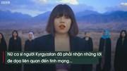 Nữ ca sĩ bị dọa giết vì ăn mặc gợi cảm trong MV ca nhạc