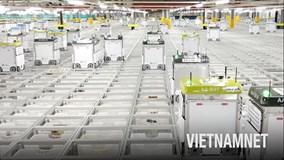 Kho hàng khổng lồ toàn robot của nhà bán lẻ thực phẩm lớn nhất thế giới