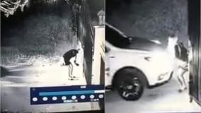 Nữ tài xế hì hục đẩy ô tô về đúng vị trí chỉ vì quên 1 thao tác