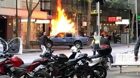 Đốt xe, đâm chém loạn xạ trên phố ở Australia