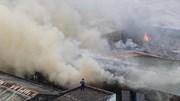 Cháy lớn khu nhà kho liền kề gần bến xe Nước Ngầm