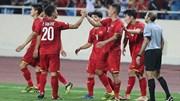 Anh Đức ghi bàn thắng thứ 2 nâng tỉ số lên 2-0 cho đội tuyển Việt Nam