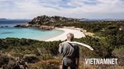 Người đàn ông 29 năm không bệnh tật, một mình sống ở 'đảo thiên đường'