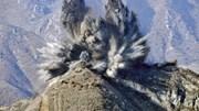 Xem Triều Tiên phá dỡ trạm gác, thuốc nổ nổ khắp khu phi quân sự