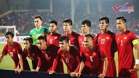 Tiến Linh, Quang Hải, Văn Đức lập công, Việt Nam dẫn đầu bảng AFF Cup