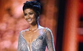 H'Hen Niê kể chuyện cho Hoa hậu Hàn Quốc mượn váy ở Miss Universe 2018