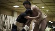 Khám phá thế giới đầy chông gai của các nữ sumo Nhật Bản