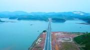 Ngắm cao tốc 12.000 tỷ Hạ Long - Vân Đồn tuyệt đẹp sắp thông xe