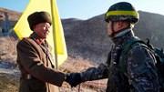 Quan chức liên Triều ăn mừng đoàn tàu lịch sử vượt biên giới đến Triều Tiên