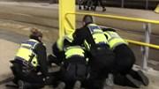 Trước thềm năm mới: Tấn công khủng bố tại Anh, nghi có bom ở sân bay Hà Lan