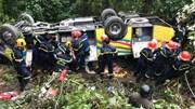 Xe khách chở giáo viên, sinh viên lao xuống đèo Hải Vân, 1 người chết