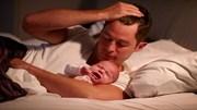 Trẻ 'ngủ ngày cày đêm' có thực sự không tốt?
