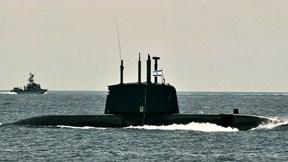 Tàu ngầm 'cá heo' khiến loạt cường quốc quân sự phải 'nể mặt'