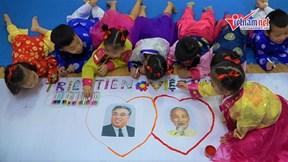 Học sinh mầm non tập hát, vẽ tranh chờ đón Chủ tịch Kim Jong-un