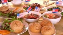 Thực khách Việt trầm trồ thử món ăn ưa thích của TT Mỹ và NLĐ Triều Tiên