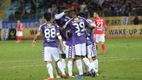 Hà Nội FC thắng đậm Than Quảng Ninh 5-0, Quang Hải bị chê đá mờ nhạt