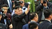 Ông Kim Jong-un vẫy chào Việt Nam, lên tàu về nước