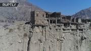 Ngôi làng 'ma' gần 1500 tuổi cheo leo trên vách núi