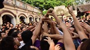 Tranh cướp hỗn loạn tiếp tục tái diễn tại lễ hội Sơn Đồng